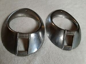 Vintage Pair Of 1940 Ford Deluxe Headlight Bezels Used O1a 13045 b