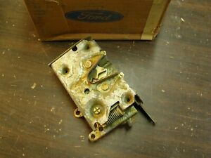 Nos Oem Ford 1971 1972 1973 Mustang Torino Galaxie Door Latch Lh Drivers Side
