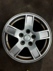 Wheel 17x7 1 2 Aluminum Laredo Fits 05 07 Grand Cherokee 567025