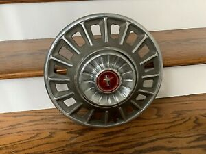Vintage 1968 Ford Mustang Deluxe 14 Hubcaps Wheel Cover Red Center Cap 4 Pcs