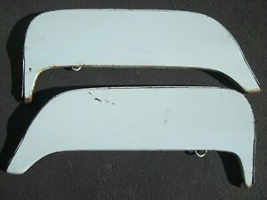 Nice 1961 1962 1963 Thunderbird Fender Skirts