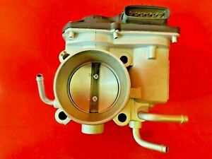 Fuel Injection Throttle Body For Toyota Camry rav4 highlander scion Tc 2004 2006
