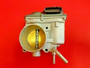 Fuel Injection Throttle Body For Toyota Corolla matrix pontiac Vibe 1 8l 04 08