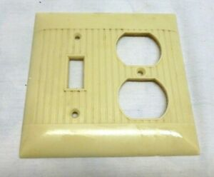 Vtg Combination Light Switch Double Outlet Cover Plate Art Deco Bakelite Ribbed