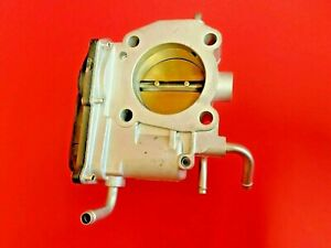 Fuel Injection Throttle Body For Toyota Camry corolla matrix scion Xb Lexus Hs2