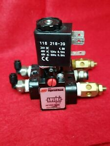 Aro Ingersoll Rand Solenoid Air Control Valve Model A212ss 120 a