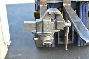 Columbian Combination Pipe And Bench Vise 203 1 2