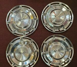 Vintage Set Of 4 Used 1960 Chevy Impala Corvette Chevrolet Hubcap 14 Flag