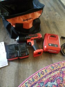 Snap On Ct8850 18 Volt Lithium Ion 1 2 Cordless Impact Wrench Charger Batteries