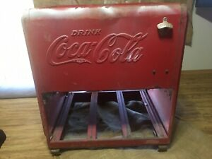 Vintage 1930's Coca Cola Ice Chest Great condition