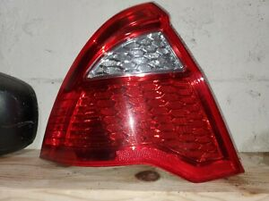2010 2011 2012 Ford Fusion Tail Light Drivers Side Left