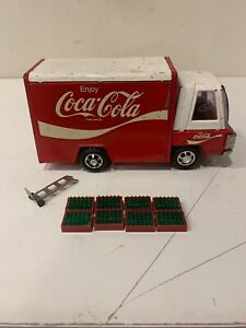 Vintage Buddy L Red/White Coca Cola Delivery Truck 1970`S W/Crates And Hand Cart