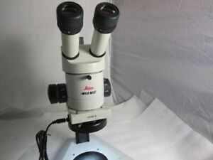 Leica Wild M3z Stereo Zoom Binocular Microscope On Table Stand 1 0x Lens