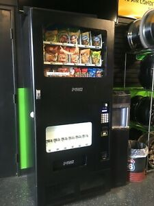 Combo Soda snack Vending Machine Used Good Condition model Feh b12 See Details