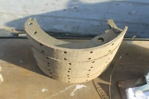 1932 1933 Chevy New 1 3 4 W Cliip Brake Shoes br