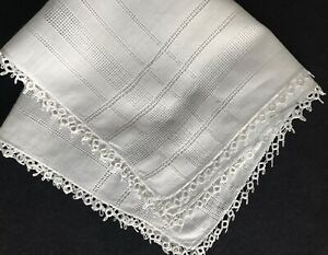 Old Vintage White Hand Made Tatting Lace Trim Primitive Bridal Handkerchief 11