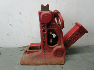 Vintage Car Truck Jack Cast Iron Auto Farm House Simplex 215