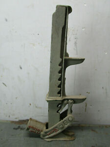 Vintage Car Truck Jack Cast Iron Auto Wm E Pratt