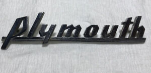1939 1940 Plymouth Nameplate Grille Emblem