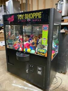 Toy Shoppe Crane Stuffed Toy Vending Machine W coin bill Acceptor And Toys