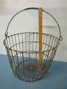 Antique Primitive Rusty Wire Metal Egg Gathering Basket Bucket Farm Decor S