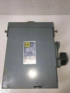 Square D 30 Amp Circuit Breaker Box Safety Switch 240 Vac Phase Du 321 rb