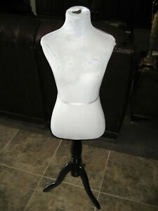 4 Female Mannequin Torso Body Pinnable Dress Form Dark Wood Stand 32 Bust