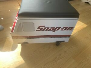 Snap On Rolling Seat