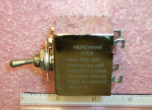 Qty 1 M39019 03 220 Heinemann 2a Time Delay C Mil spec Toggle Circuit Breaker