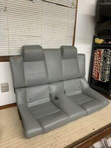 05 09 Ford Mustang Convertable Rear Seat Top And Bottom Gray Gray Dove Leather