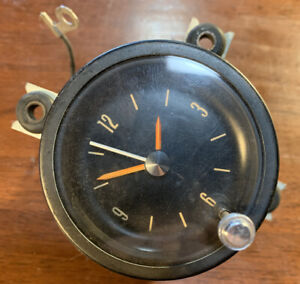 1967 1968 1969 Oldsmobile Toronado Clock Very Nice Shape Toro 67 68 69