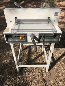 Semi automatic Paper Cutter Guillotine triumph Ideal 3915 95