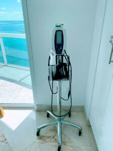 Welch Allyn Spot Vital Signs 420 Monitor With Rolling Stand Basket