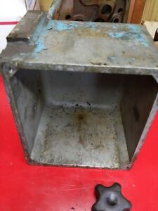 Hardinge Hlv Carriage Control Housing With 3 Mounting Screws