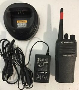 Used Motorola Cp200 Vhf 4 Channel Radio With Battery Charger Lot A48