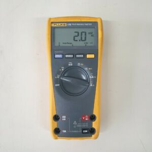 Used Fluke 175 true Rms Multimeter