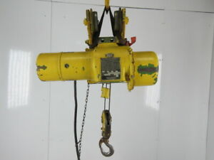 Robbins Myers 1 2 Ton Electric Cable Hoist 220 440v 3ph 13 Lift 16fpm Trolley