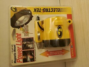 Electro Tek Magnetic Mount Power Light 12 Volt Retractable Cord New In Package
