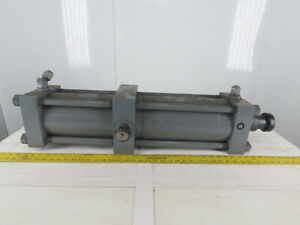 Hydraulic Tie Rod Cylinder 6 Bore 24 Stroke Center Trunnion