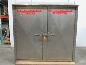 Stainless Steel Storage Cabinet Lockable 1 Shelf 80 wx27 dx81 t Divided