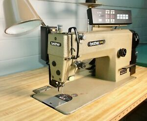 Brother Industrial Sewing Machine Exedra E 40 Mark Ii Db2 b737 403 W table