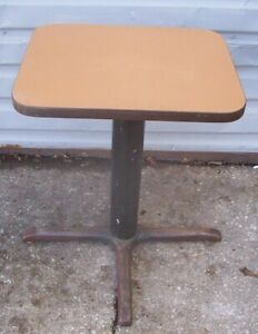 Restaurant Equipment 23 5 X 19 Table With Base 29 Tall