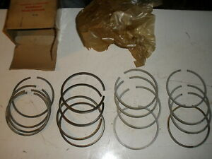 Wisconsin Gas Engine Ring Set Dr 13 For Vf 4 New Old Stock Vintage