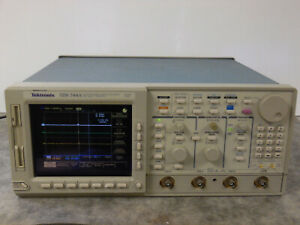 Tektronix Tds 744a 500mhz 2gs s 4 Channel Color Digitizing Oscilloscope