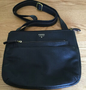 Fossil Black Pebble Leather Crossbody Bag $24.50