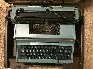 Vintage Smith corona Super Correct Xt Electronic Typewriter Light Blue