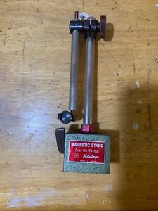 Mitutoyo Magnetic Dial Test Indicator Stand No 7010b Adjustable Rods