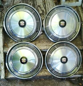 1967 78 Cadillac Eldorado Wheel Cover Hubcaps Set 4 Grade A A Black Emblems