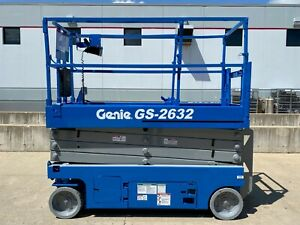 2013 Genie Gs 2632 Electric Sicssor Lift Capacity Slab Man Lift Compact Narrow