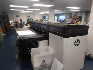 Hp R2000 Large Format Latex Digital Flatbed Printer